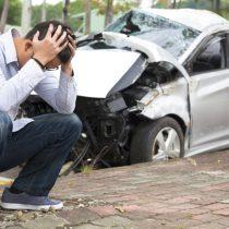 ドライブレコーダーを装着するメリットや理由は自動車事故?値段はいくらくらい?