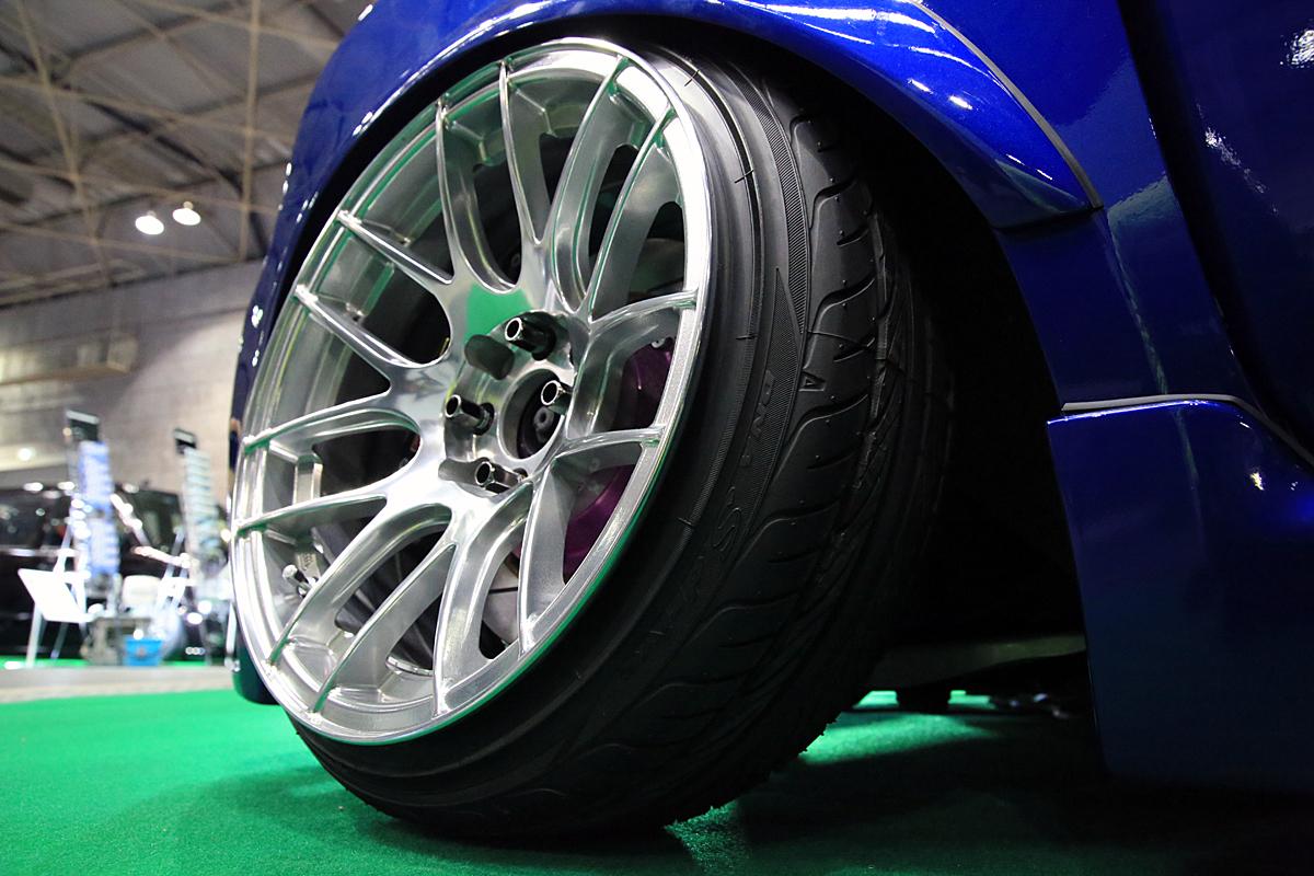 車検は通る?引っ張りタイヤの意味と適正空気圧やメリット・デメリットは?