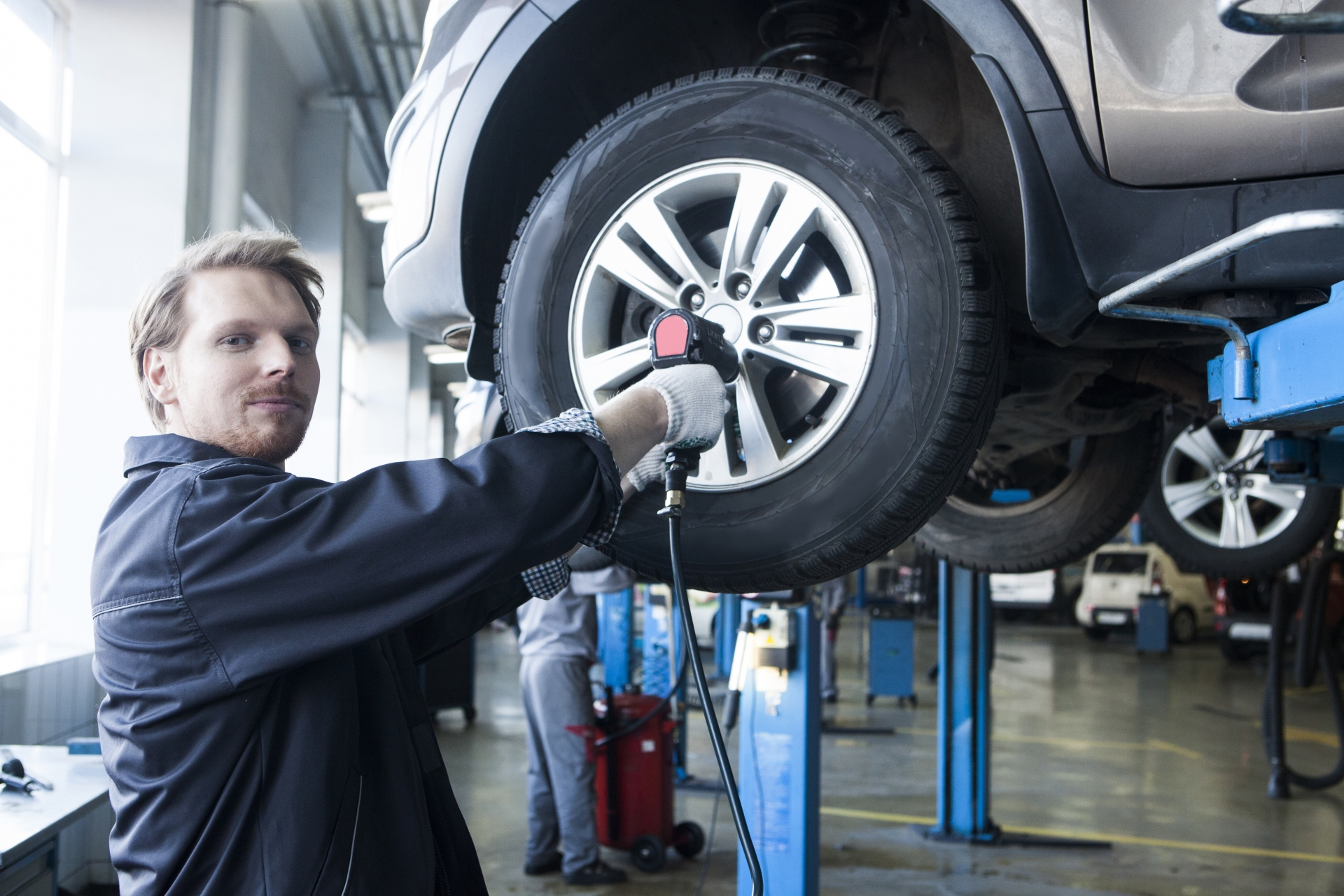 エコタイヤと普通のタイヤの違いは?燃費やメリット・デメリットは?