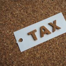 車の走行距離で税金が変わる「走行距離税」?一方で2019年では自動車税減税も!